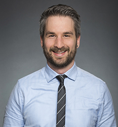 Dr. Justin Presseau